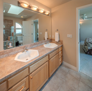 Very large master bath with elegant, high-end touches throughout.